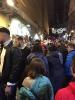 """Natale è quasi alle porte, e i ragazzi del progetto """"chi trova un lavoro trova un tesoro'' vivono tra le strade di San Gregorio Armeno il fascino e la magia dell'atmosfera natalizia napoletana.-7"""