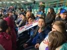 Vincenzo condivide con gli amici le emozioni per la sua squadra del cuore allo stadio!